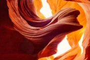 Bus tour from Vegas to Antelope Canyon