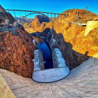 We are excited to announce that as of today, Oct. 20th, the Hoover Dam will be open! All our tours scheduled to visit the Hoover Dam will now make their normal stops. We are one of the few companies that gets you out to walk on top of the dam. This leads to a breathtaking first look down the face of the Hoover Dam and great photo opportunities like this. #hooverdam #hooverdambridge #hooverdamnevada #hooverdamarizonanevada #maxtourvegas #travelblogger #nevada #travelawesome #traveladdicted #胡佛水坝 #胡佛水坝空中美景 #travelphotography #traveltheworld #travelbug #travelforlife #travelguide #tourguidelife #tourguideslife #travelhappy #traveljunkie #travellife #travelmoments #travelpic #travelvibes