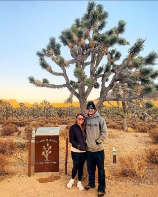 Thanks 📸 @jle22w for sharing this happy photo! This is the Arizona Joshua Tree Forest on the way to the West Rim of the Grand Canyon. You won't find this on any itinerary on our website, it is just another of the fun bonus stops our guides like to show travelers when on tour. See this stop on our Grand Canyon West, Hoover Dam, Seven Magic Mountains Day Tour.  #maxtourvegas #arizona🌵 .......#joshuatree #grandcanyon #arizonaphotographer #arizonaphotographer #grandcanyonwest #desertlife #desertphotography #travelphotography #travelarizona #travelgram #traveltheworld #travellife  #daxiagu #大峽谷 #大峽谷 #大峽谷⛰️ #仙人掌 #仙人掌🌵 #旅游
