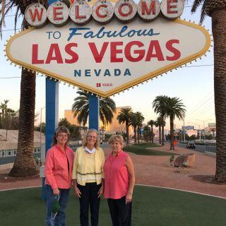 Dinner at Wolfgang Puck ✅ Bellagio Fountain ✅ Las Vegas billboard ✅ Lake Mead✅ Hoover Dam✅ Route 66✅ Grand Canyon ✅ Memories✅✅✅