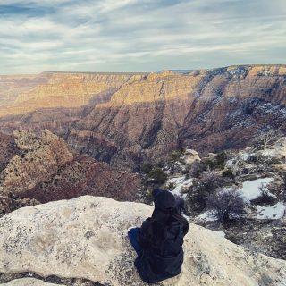 Find time to meditate at the Grand Canyon... ✔️ #maxtourvegas #vegastravel #usatravel #美国旅游 #美国景点 #大峡谷 #grandcanyon maxtourvegas