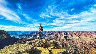 Hold my breath #grandcanyon #grandcanyonsouthrim #grandcanyonnationalpark #arizona #arizona🌵 #nature #naturelovers #naturegeography #travelgram #lifequotes #lifemoment #travelgoals #travelgoal #usa🇺🇸 #nationpark #hkig #maxtourvegas
